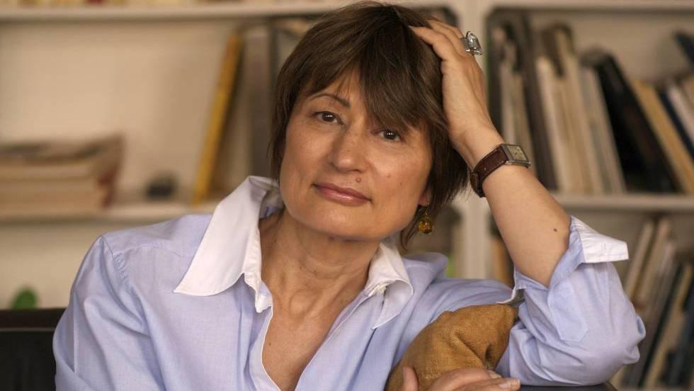 CATHERINE MILLET, intelectual, escritora y crítica de arte conocida en Francia. Célebre por su libro autobiográfico sobre las experiencias sexuales múltiples.