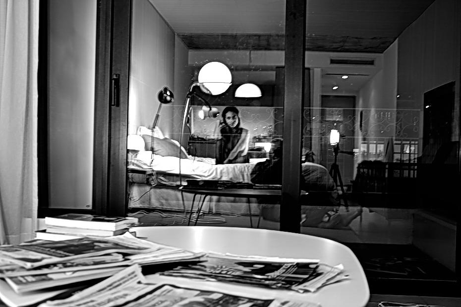 Imagen por AMILCAR MORETTI. Creación, edición, composición y compaginación, jueves 29 de marzo del 2018. BUENOS AIRES. Barrio de San Telmo, suite quinto piso. balcón a la calle.