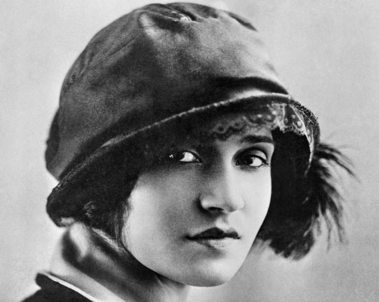TINA MODOTTI. Dejó Hollywood para hacerse militante comunista revolucionaria en México.