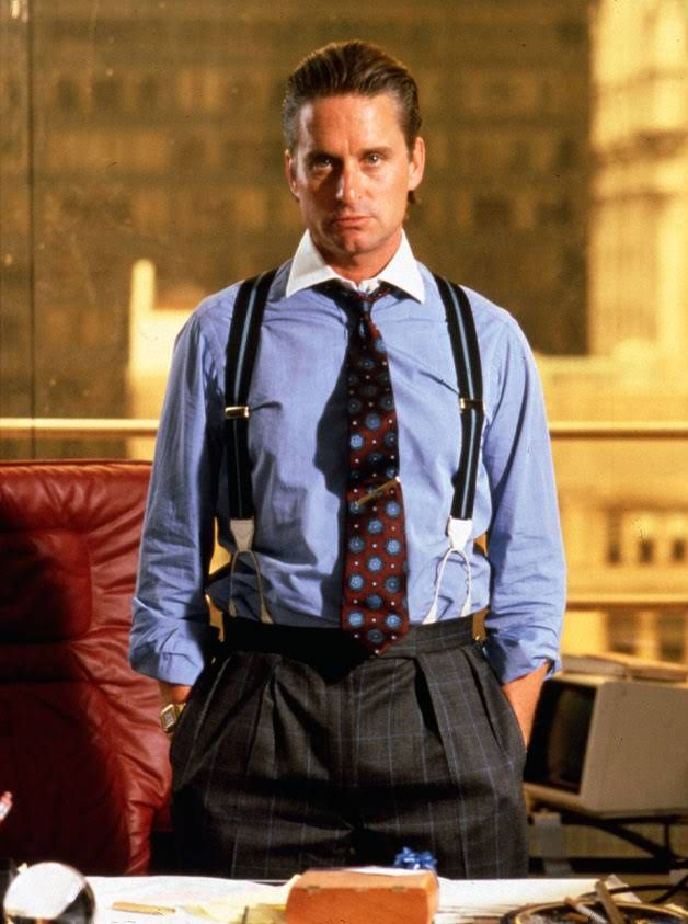 "GORDON GEKKO, EL LEGENDARIO MALVADO DE HOLLYWOOD QUE INTERPRETA MICHAEL DOUGLAS EN LA PRIMERA ""WALL STREET""."