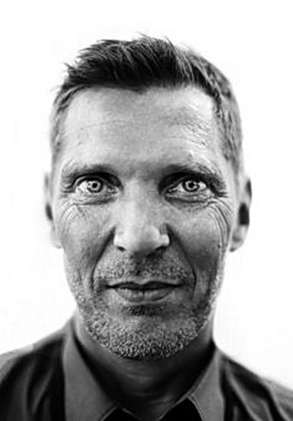 ERWIN OLAFF, retrato